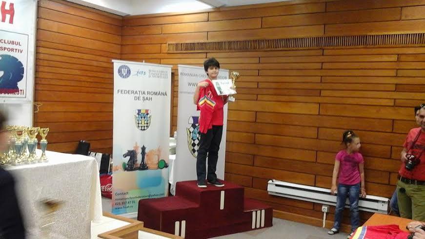 Coca Cristian, sportiv legitimat la clubul de sah Smart Galati - club condus de Gilea Lucian, a castigat titlul de campion national la Campionatul National pentru juniori 2016